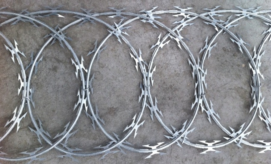 Flat razor wire - European Security Fencing