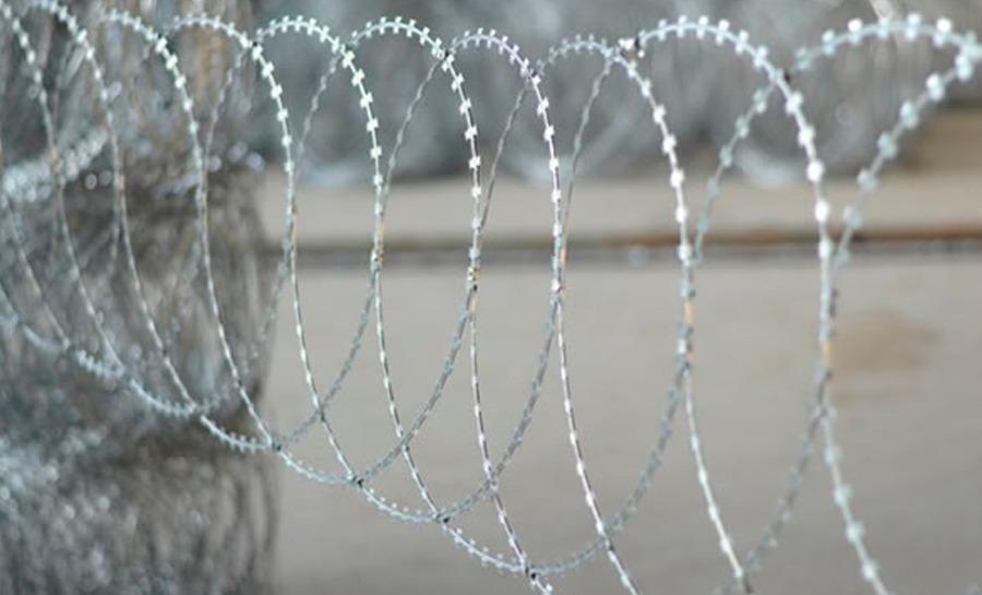Flat Razor Wire European Security Fencing